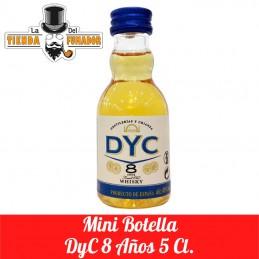 MINI BOTELLA DYC 8 AÑOS 5CL